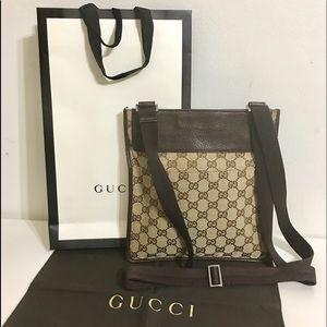 Authentic GUCCI unisex crossbody/Messenger bag